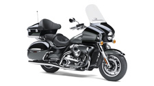 THE KING OF KAWASAKI CRUISERS, THE VULCAN 1700 VOYAGER ABS IS THE PINNACLE OF POWER AND LUXURY ON THE OPEN ROAD. A 1,700cc FUEL-INJECTED ENGINE WITH CRUISE CONTROL COMMANDS THE ROAD, WHILE A HOST OF PREMIUM TOURING AMENITIES GIVES YOU AND YOUR PASSENGER THE COMFORT TO GO THE DISTANCE